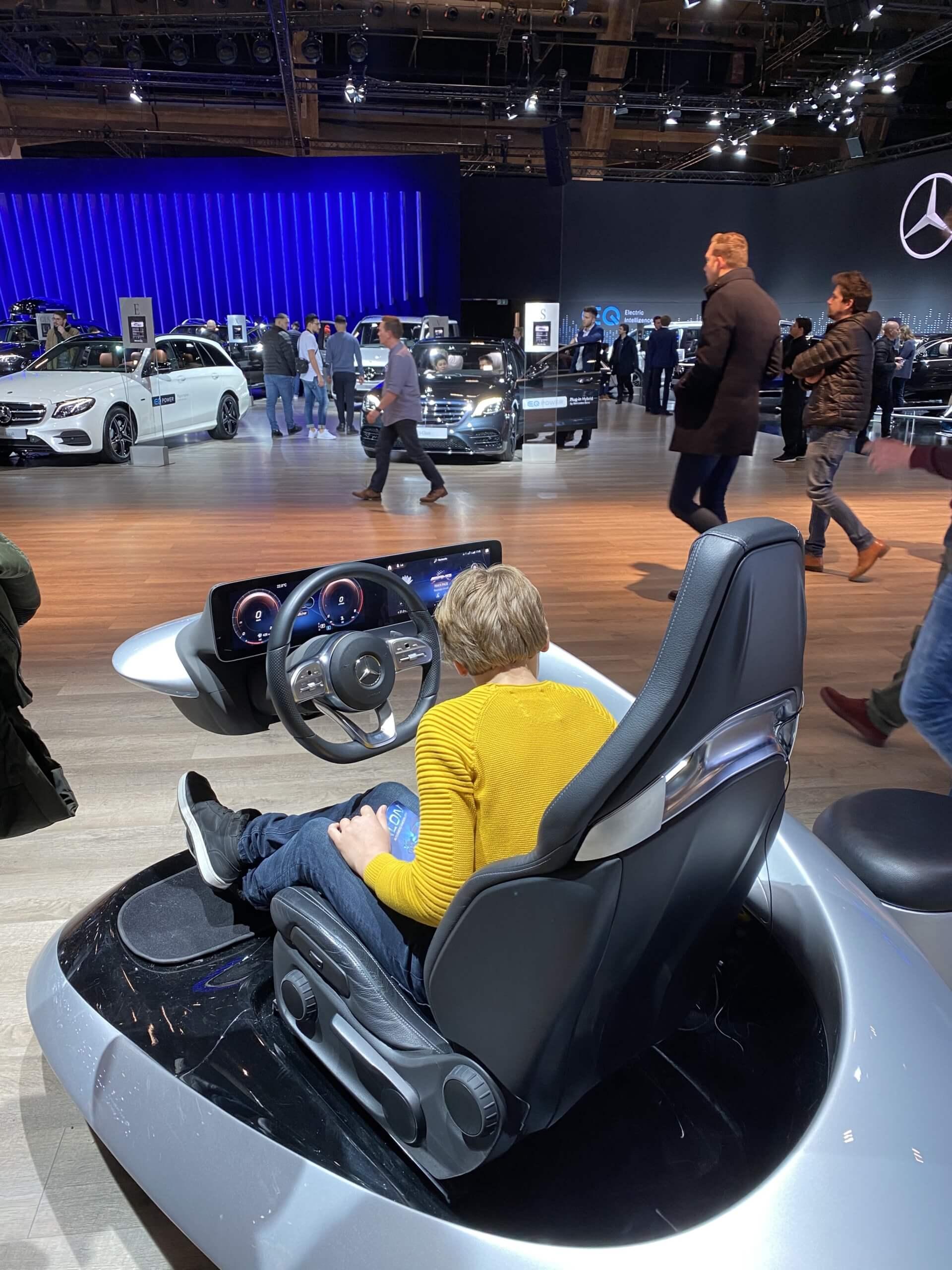 mercedes motorshow mbux interior seat steering wheel cockpit retail innovation